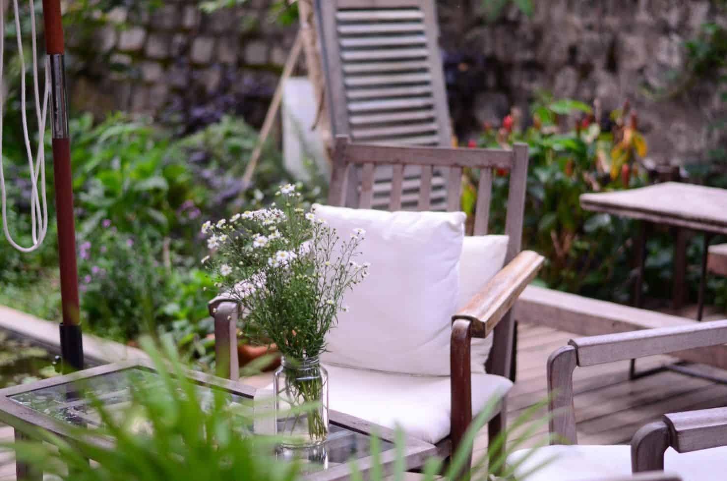 money-in-the-garden-1-a-patio