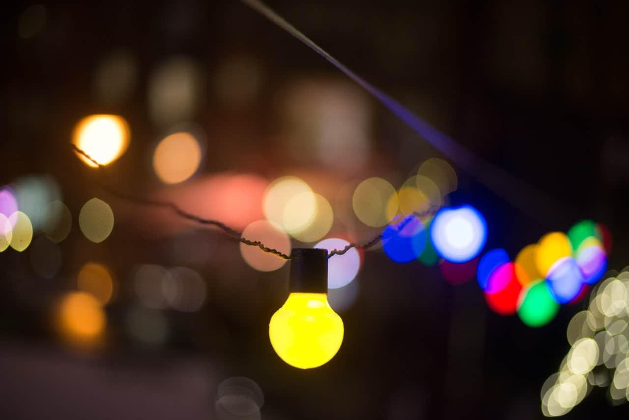 ten-summer-party-ideas-4-lighting