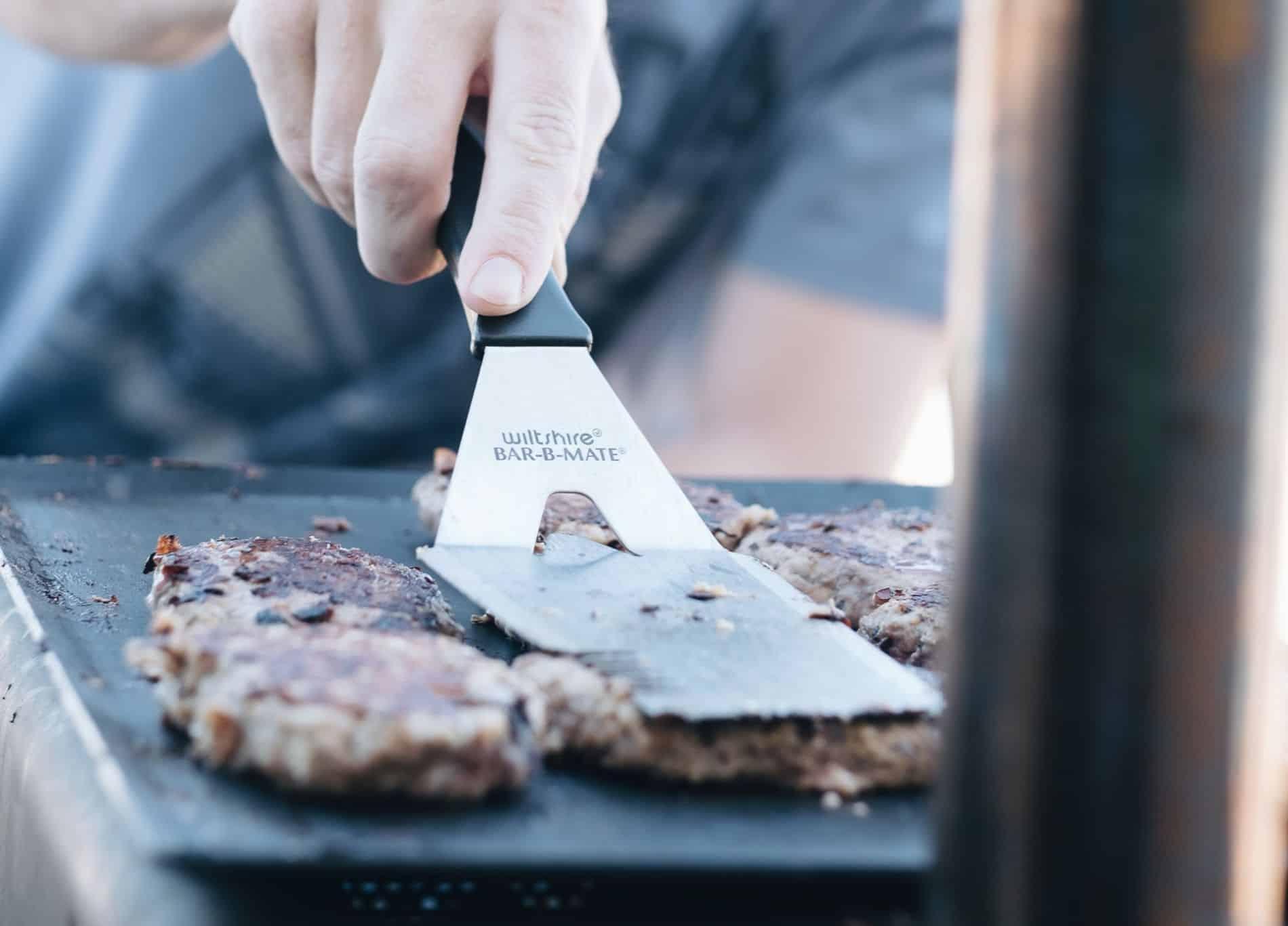 grill-checklist-bbq-party-8-spatula