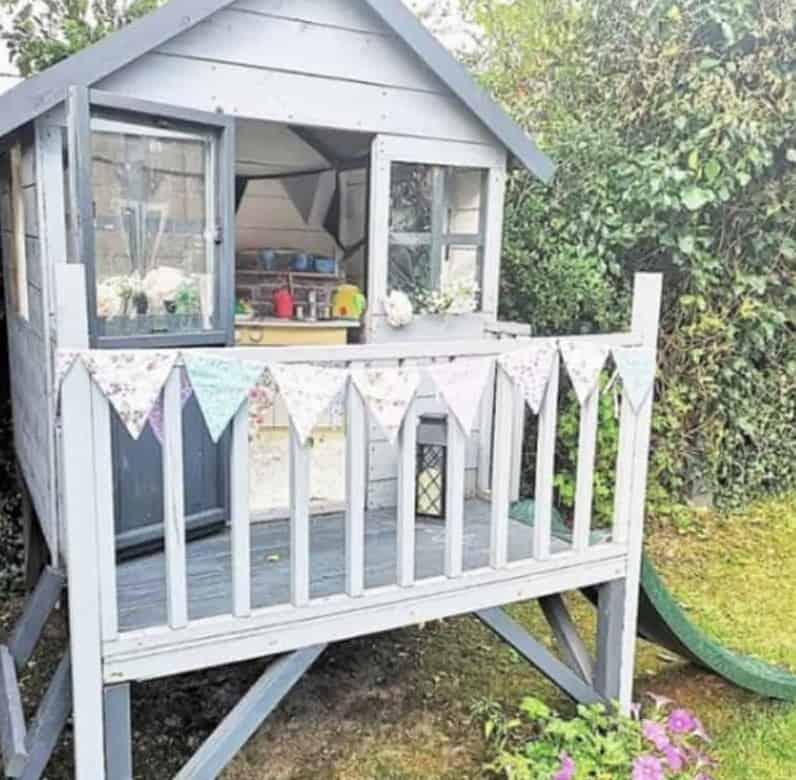 best-wooden-playhouse-6-multi-tonal