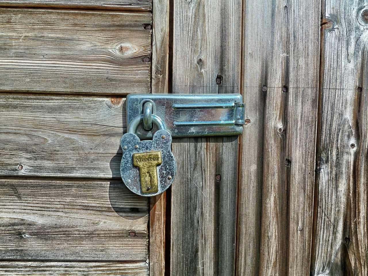sheds-5-6-smart-ways-to-secure-your-garden-shed