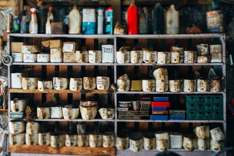 tips-to-keep-your-garden-shed-organised-2-storage-containers-for-chemicals-pixabay