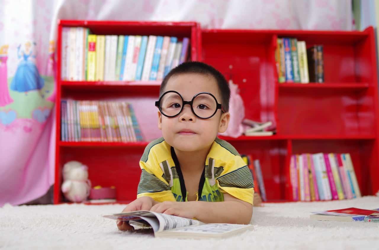 best-use-playhouse-1-reading-corner-pixabay