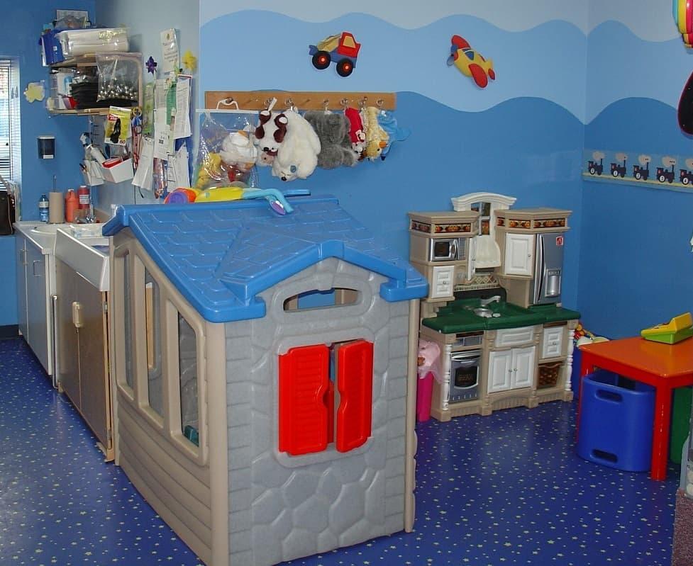 best-use-playhouse-2-play-kitchen-pixabay
