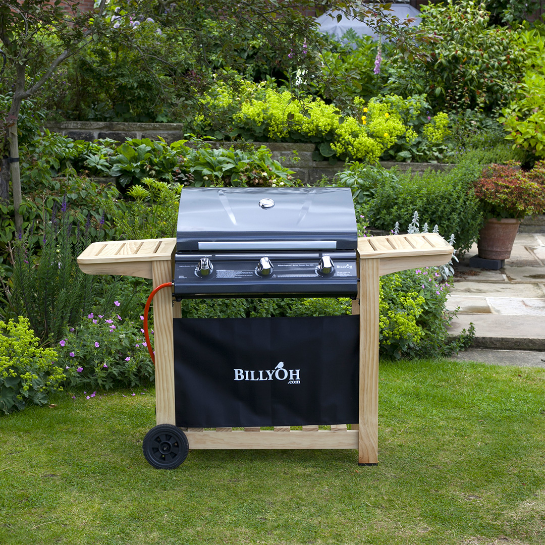 BillyOh 3 Burner Hooded Imperial Hooded Gas BBQ