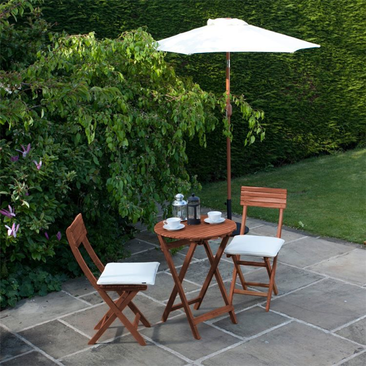 BillyOh Hampton 0.7m Round Bistro Set - 2 Seat Set with Folding Chairs